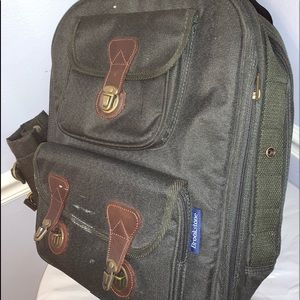 Brookstone Other - Brookstone bag/cooler bring on picnic, trips beach